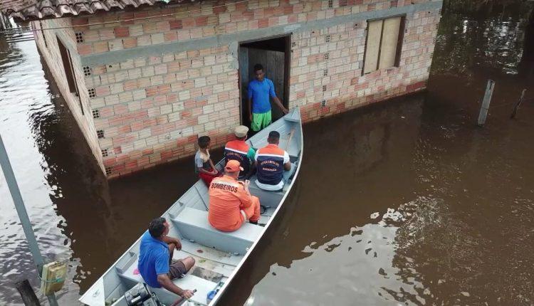 Bombeiros reforçam operações em municípios prejudicados pelas chuvas