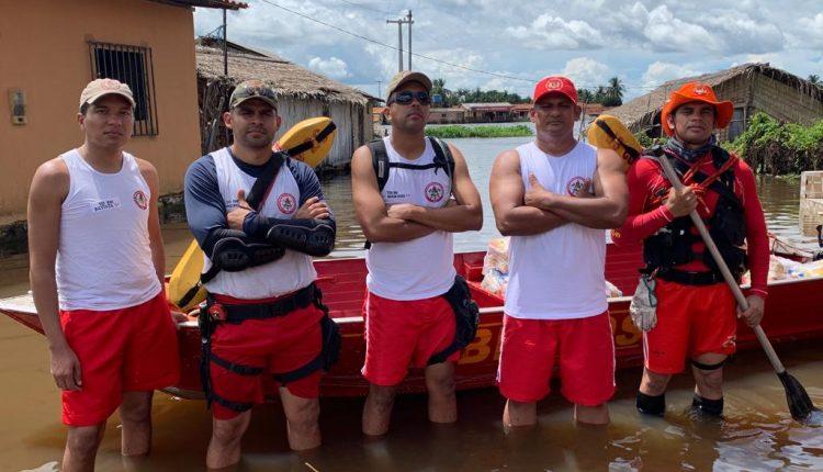 Bombeiros atuam em municípios afetados pelas inundações no interior do estado.